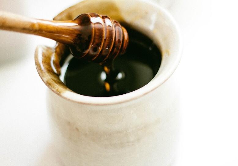 ingwer zitrone und honig mit nur 3 zutaten gegen l stige erk ltungen. Black Bedroom Furniture Sets. Home Design Ideas